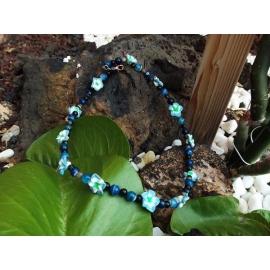 Collana girocollo con Agata blu e fiori