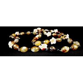 Collana con Agata marrone e fiori