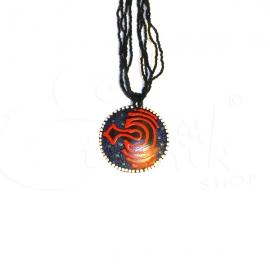 Collana di perline nere con ciondolo dipinto tribale bis