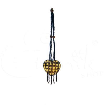 Collana torcione con perline e ciondolo in cocco a forma cuore