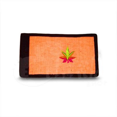 Portafoglio in cotone arancione con foglia
